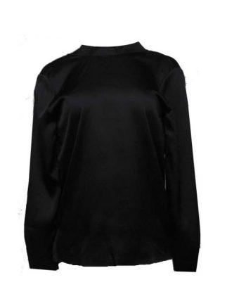 blouse-met-open-rug